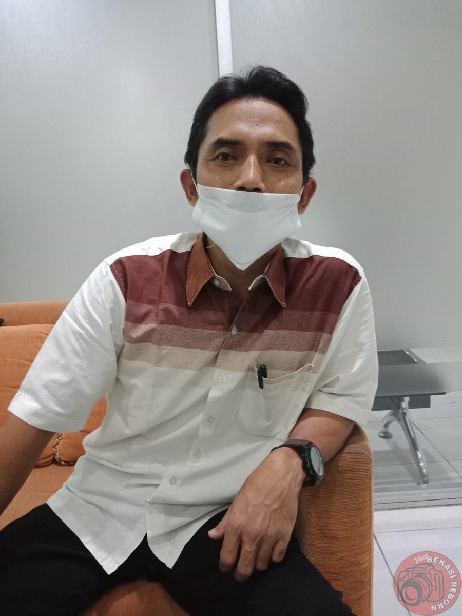 "News Bekasi Reborn Abudin Ketua Pilkades Jayamukti, ""Selama Pandemi Covid-19, Instruksikan Seluruh Calon Kades Tidak Lakukan Kegiatan Apapun"""