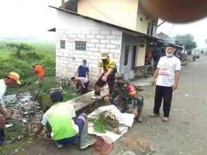 News Bekasi Reborn Kades Bojongsari Mulyana S Muslim Giat Jumsih Saluran dan Gorong gorong Tetap Terapkan Prokes